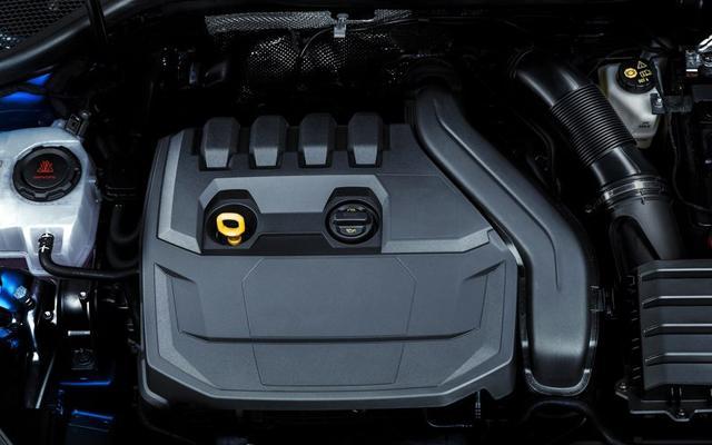 Тествахме новото Audi A3 Sportback (и е по-добро от BMW 1er)