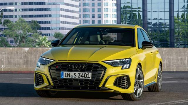 Audi показа новите S3 Sportback и Sedan с 310 к.с.