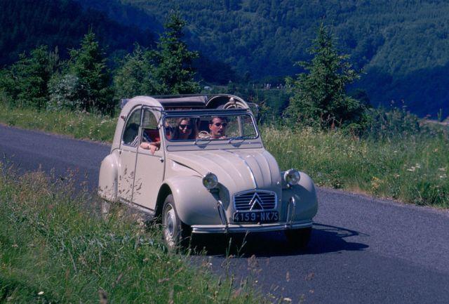 Ето кои са 10-те най-продавани кабриолети за всички времена (ЧАСТ II)