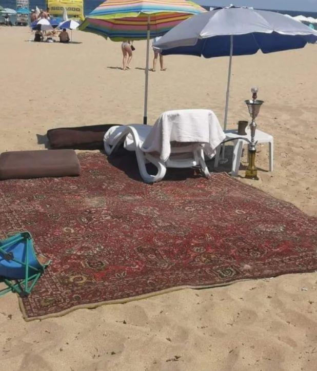 Изобретателен турист в Слънчев бряг взриви мрежата (СНИМКА)