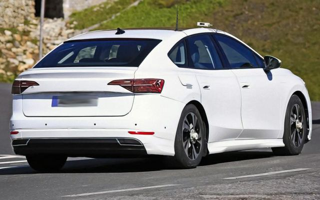 Ето го новия Volkswagen Passat, който ще е електромобил и ще се продава само във версия комби
