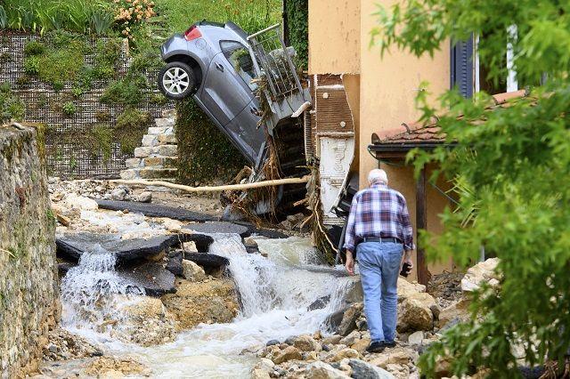 След наводненията в Западна Европа - шокиращо и зловещо (ВИДЕО+СНИМКИ)