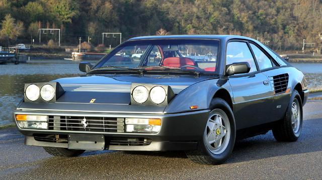 Извадиха Ferrari, паднало в амстердамски канал през 90-те