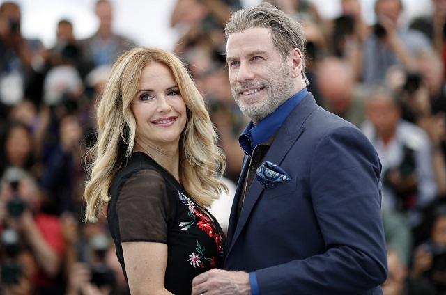 Трагедия в Холивуд! Джон Траволта загуби и жена си (СНИМКИ)