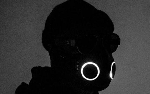 Рапърът Уилям Адамс представи защитна маска за 0