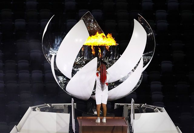 32-те Олимпийски игри са официално открити! (СНИМКИ)