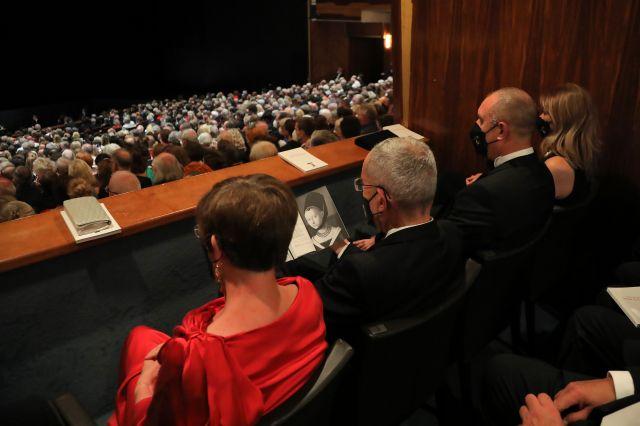 Радев и съпругата му на опера в Брюксел