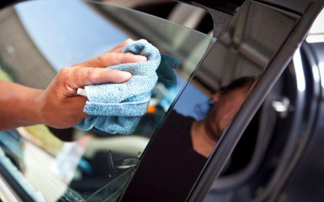 Как да предпазите стъклата на колата си от замръзване?
