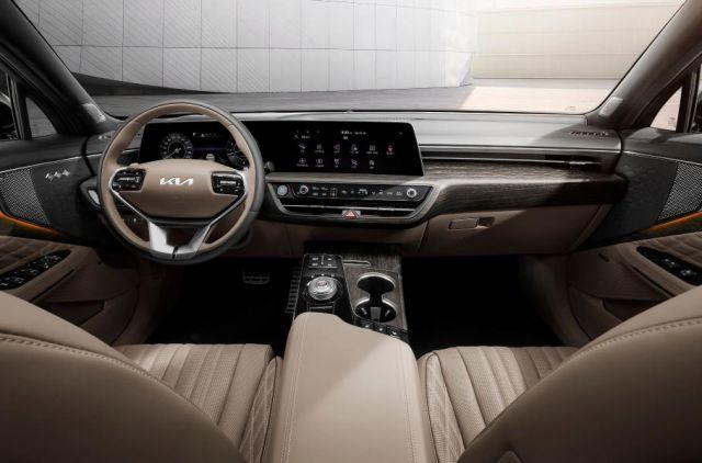 Ето как изглежда най-луксозната Kia отвътре