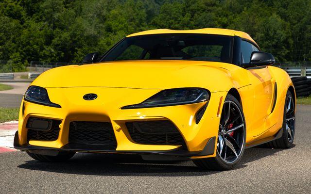 Знаете ли кои са 10-те най-популярни коли в социалните мрежи?