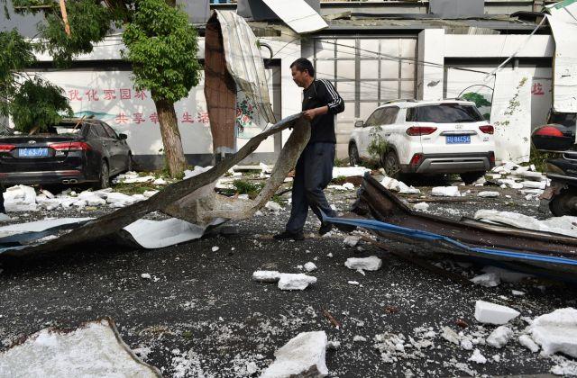 Природно бедствие уби 12 души (СНИМКИ)