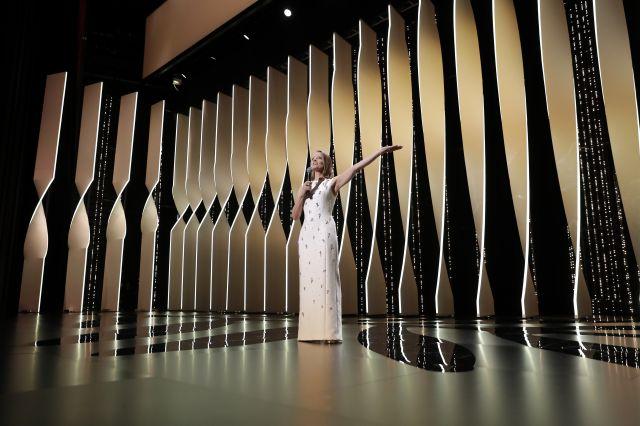 Джоди Фостър получи почетна Златна палма (СНИМКИ)