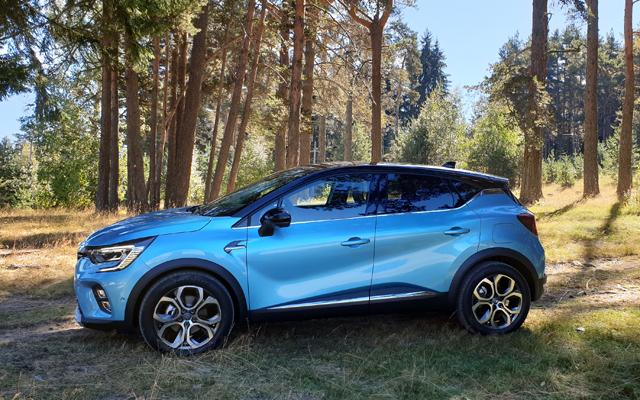 Тествахме иновативното хибридно Renault Captur