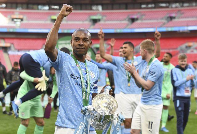 Манчестър Сити победи Тотнъм и спечели Купата на лигата на Англия