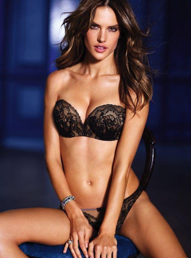 Професионална половинка на Роналдо публикува еротични фотоси (СНИМКИ)