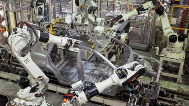 Кросоувър Mazda или Toyota? В бъдеще няма да има особена разлика
