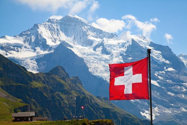 Защо в Швейцария по закон могат да се самоубият само богатите?