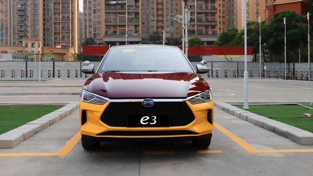 Защо в Китай симулират механичната трансмисия при електрическите автомобили?