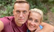 Навални се възстановява бързо, под строга охрана е