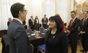 Караянчева в Скопие: Изборите минават, но съседите остават