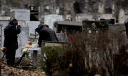 В Добрич размениха телата на починали от COVID-19 – роднините били стъписани на погребението