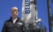 Безос търси признание за астронавт