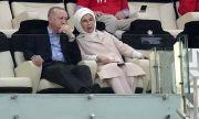 Първата дама на Турция отстоява правата на жените