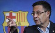 Призоваха за изгонване на бившия президент на Барселона от Испания