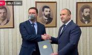 Радев връчи мандата за съставяне на правителство на ГЕРБ-СДС (ВИДЕО)