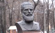 Оскверниха паметника на Ботев в Одеса