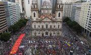 Голяма демонстрация в Бразилия
