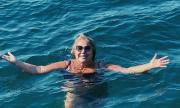 Марта Вачкова отново гола на плажа