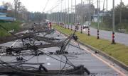 Тайфун блокира българи на остров