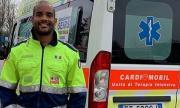 Ръгбист даде пример на света: Кара с линейка болни от коронавирус