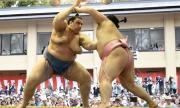 Аоияма с осма загуба в Токио