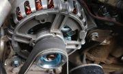 Как шофьорите случайно могат да повредят алтернатора на колата си
