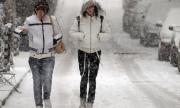 Жълт код! Сняг и виелици в Източна България