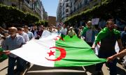 Африканска държава иска извинение от Франция за колониалното ѝ минало