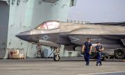 Китай предупреди британския самолетоносач: В бойна готовност сме!