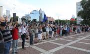 Протестите в страната не стихват