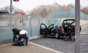 Освободиха шофьора, блъснал колата си в канцеларията на Меркел