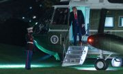 Тръмп изхвърча от Белия дом