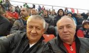 Преди Левски-Локо Пд: Венци Стефанов поканил Чавдар Цветков и Крушарски на вилата му в Гърция