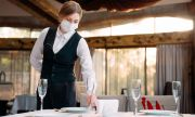 Хотелиери и ресторантьори: Стикерите за ваксинация създават проблеми, вместо да ги решават