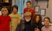 Порасналите деца на Рачков, Бахаров и редица други известни се събраха (СНИМКА)