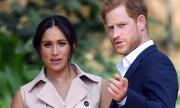Принц Хари продължава с жестоките удари по кралското семейство
