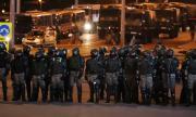 Минск не спи: Втора вечер на протести, бомба избухна в ръцете на протестиращ