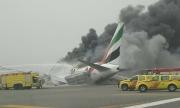 Самолет катастрофира при кацане в Дубай