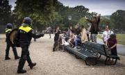 Арестуваха 400 души на протест срещу строгите мерки