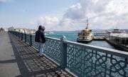 Турция забрани всички обществени прояви до края на април